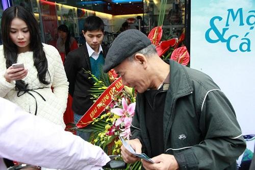 """Xe đạp điện HKBike: """"Mốt"""" tặng quà tết - 1"""