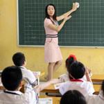 Giáo dục - du học - Thầy giáo đi bốc vác: Sẽ có lương trước tết