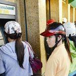 Tài chính - Bất động sản - Hàng loạt ATM quá tải, hết tiền