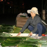 Tin tức trong ngày - Độc đáo chợ lá duy nhất ở trung tâm Sài Gòn