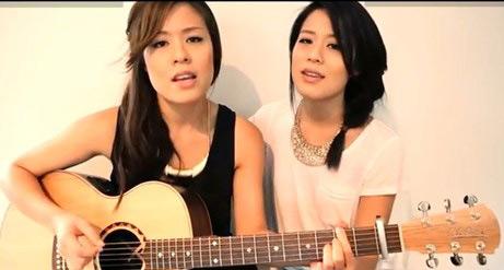 "2 cô gái ""cover"" Gangnam Style gây sốt - 1"