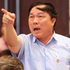 """Bầu Đệ và HLV Quang Hà: """"Ghét nhau ném đá…"""""""