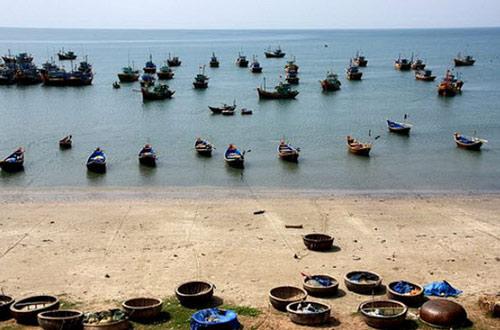 Vẻ đẹp bao la của biển miền Trung - 3