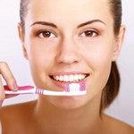 Làm đẹp - Bí mật giúp bạn có hàm răng trắng bóng