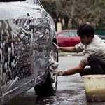 Tin tức trong ngày - Cuối năm cắt tóc, rửa xe, đánh giày hốt bạc
