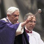 """Tin tức trong ngày - Giáo hoàng cử hành """"thánh lễ cuối cùng"""""""