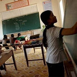 Giáo dục - du học - Đổi mới chương trình bỏ quên giáo viên?