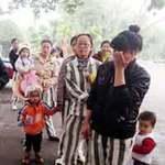 Tin tức trong ngày - Tết của những đứa trẻ theo mẹ ở trại giam
