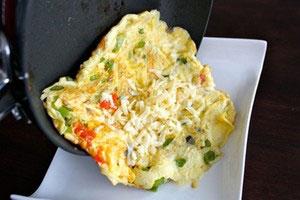 2 cách làm món trứng chiên ngon, dễ - 4