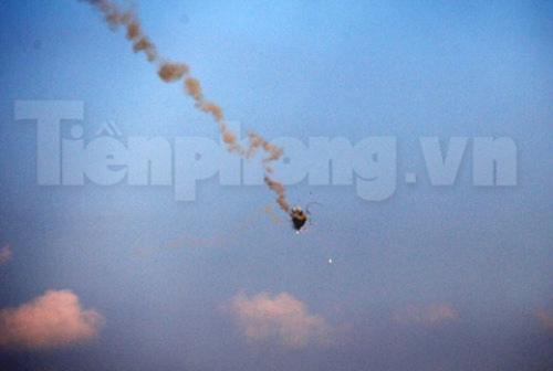 Xem tên lửa vác vai của Việt Nam khai hỏa - 10