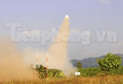 Xem tên lửa vác vai của Việt Nam khai hỏa - 9