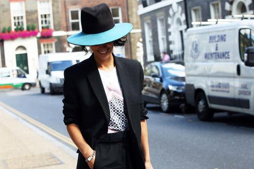 Tiệc thời trang sống động trên phố Anh - 6