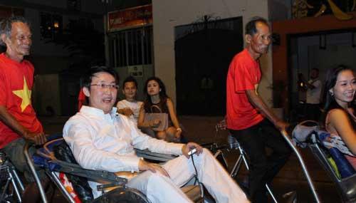 Sinh nhật đại gia Sài Thành với dàn xe siêu sang - 9