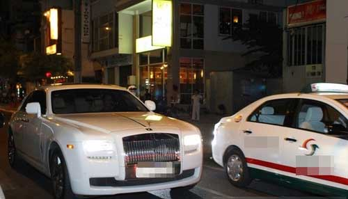 Sinh nhật đại gia Sài Thành với dàn xe siêu sang - 10