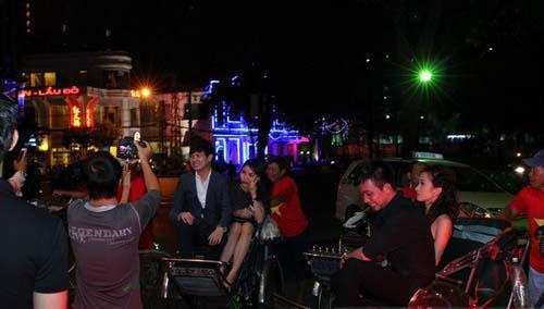 Sinh nhật đại gia Sài Thành với dàn xe siêu sang - 5