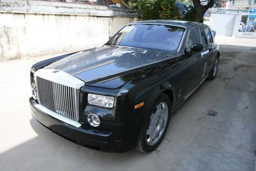 """Bất thường xe siêu sang """"hồi hương"""", Ô tô - Xe máy, xe sang ve Viet Nam, xe sieu sang ve Viet Nam, xe ve Viet Nam qua duong Viet kieu hoi huong, Viet kieu hoi huong, nhap khau xe cu, xe cu nhap khau, o to, xe sang, xe sieu sang, Rolls-Royce, Lexus, thue nhap khau, tin o to, nhap khau xe"""