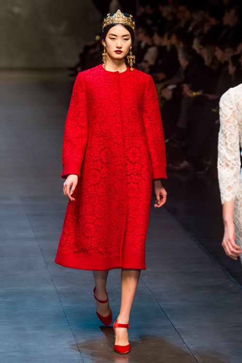 """Dolce & Gabbana lại gây """"thổn thức"""" - 3"""