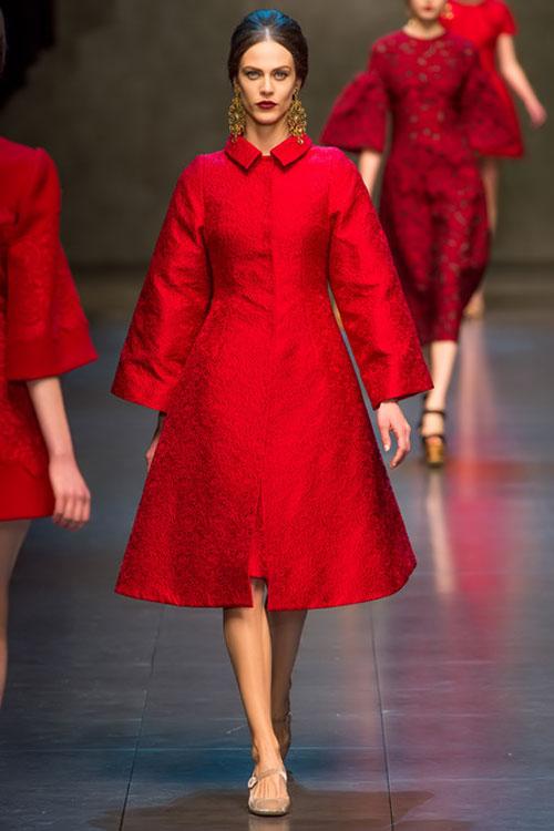 """Dolce & Gabbana lại gây """"thổn thức"""" - 1"""