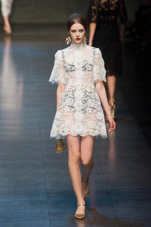"""Dolce & Gabbana lại gây """"thổn thức"""" - 12"""