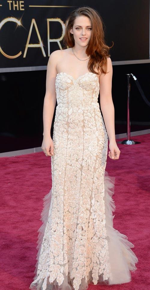 11 bộ đầm đẳng cấp nhất Oscars 2013 - 15