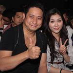 Ca nhạc - MTV - Minh Tiệp khập khiễng cùng vợ xem CĐHH