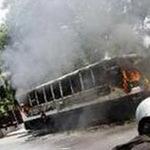 An ninh Xã hội - Truy bắt 2 đối tượng đốt cháy xe buýt