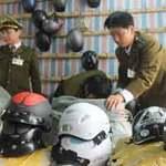 Tin tức trong ngày - Hà Nội: Ra quân dẹp mũ bảo hiểm dỏm