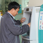 Tài chính - Bất động sản - 10 ngân hàng định thu phí nội mạng ATM