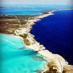 Du lịch - Độc nhất vô nhị nơi quy tụ hai màu nước biển