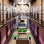 Phi thường - kỳ quặc - Biến nhà tù thành khách sạn đẹp như mơ