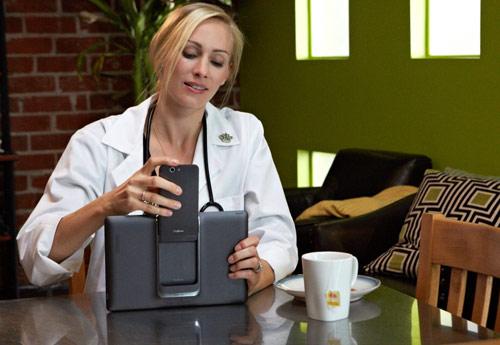 Asus PadFone Infinity ra mắt tại MWC 2013 - 1