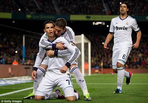 MU – Ronaldo: Chờ ngày tái duyên - 2