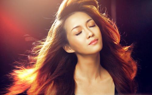 """Hà Trần """"so găng"""" với thí sinh Idol, The Voice - 3"""