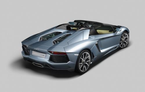 Aventador Roadster 2013: Thỏa mãn dân chơi - 3