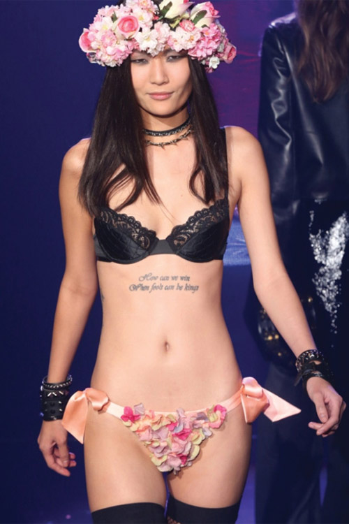 """Victoria's Secret bị """"dằn mặt""""! - 10"""