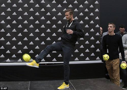 """Becks dành chữ """"nhất"""" tặng Zidane - 2"""