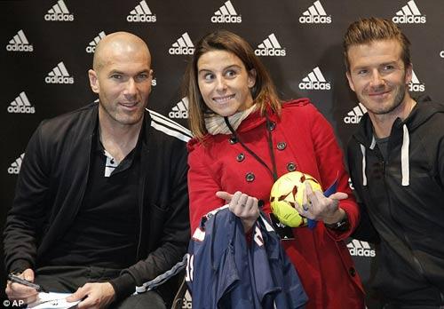 """Becks dành chữ """"nhất"""" tặng Zidane - 3"""