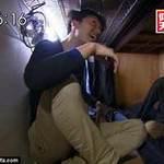 Tin tức trong ngày - Nhật: Cảnh chui rúc ở nhà trọ bé như quan tài