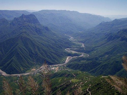 10 hẻm núi kỳ vĩ nhất thế giới - 4