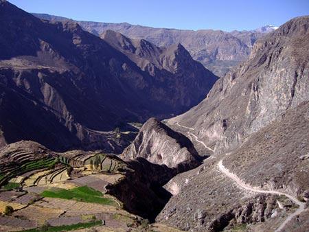 10 hẻm núi kỳ vĩ nhất thế giới - 6