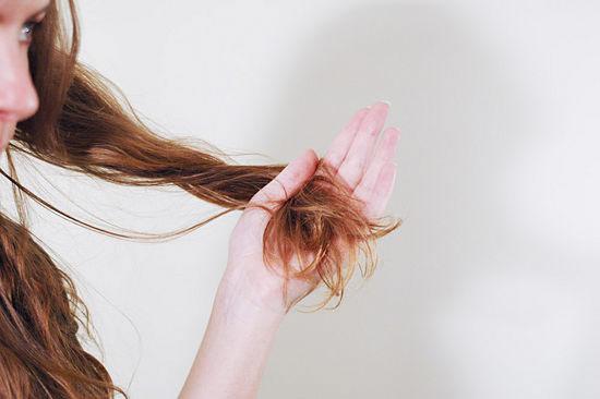6 bước tạo kiểu tóc xoăn lãng mạn - 1