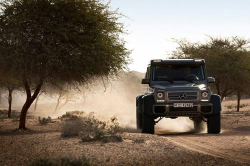 Mercedes-Benz G63 AMG 6x6: 'Đứa con' hoang dã - 4