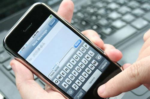 Ứng dụng 'bắt' iPhone tự trả lời tin nhắn - 1