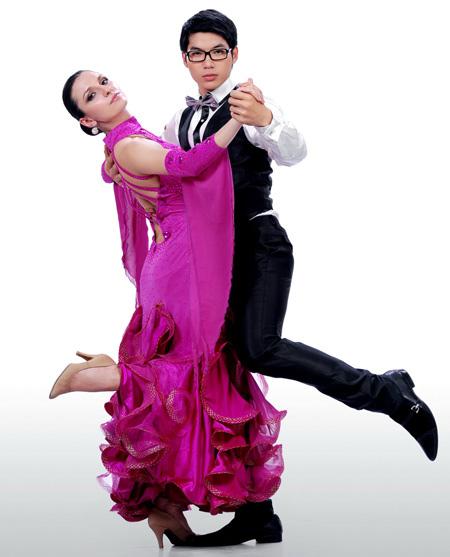 4 sao nam 9X nổi nhất showbiz Việt - 18