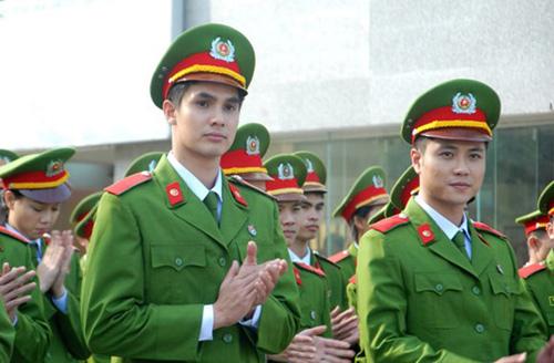 4 sao nam 9X nổi nhất showbiz Việt - 2