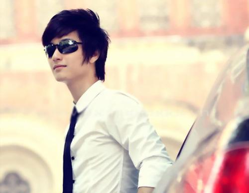 4 sao nam 9X nổi nhất showbiz Việt - 14