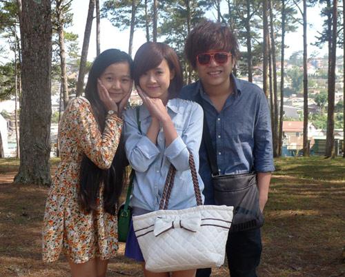 Midu váy ngắn đóng phim tại Đà Lạt - 4