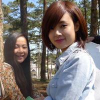 Midu váy ngắn đóng phim tại Đà Lạt