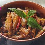 Ẩm thực - Bí quyết cho món cá cơm kho tộ ngon