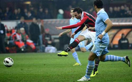 Milan – Lazio: Thẻ đỏ bước ngoặt - 1